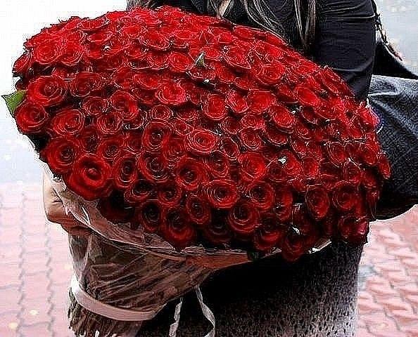 1000 000 алых роз подарилсвоей жене в кызылорде в Краснозерском,Ребрихе,Закаменске